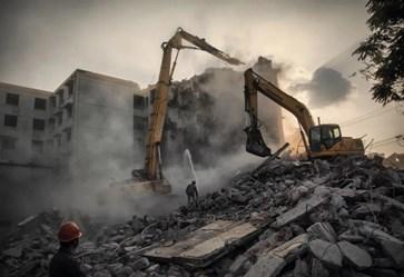单位分配的公房被拆,居住人能否起诉要求赔偿?