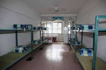 服刑人员坐牢被感染新型肺炎,能否申请国家赔偿?